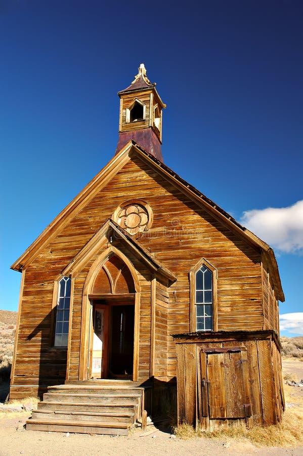 покинутая церковь стоковая фотография rf