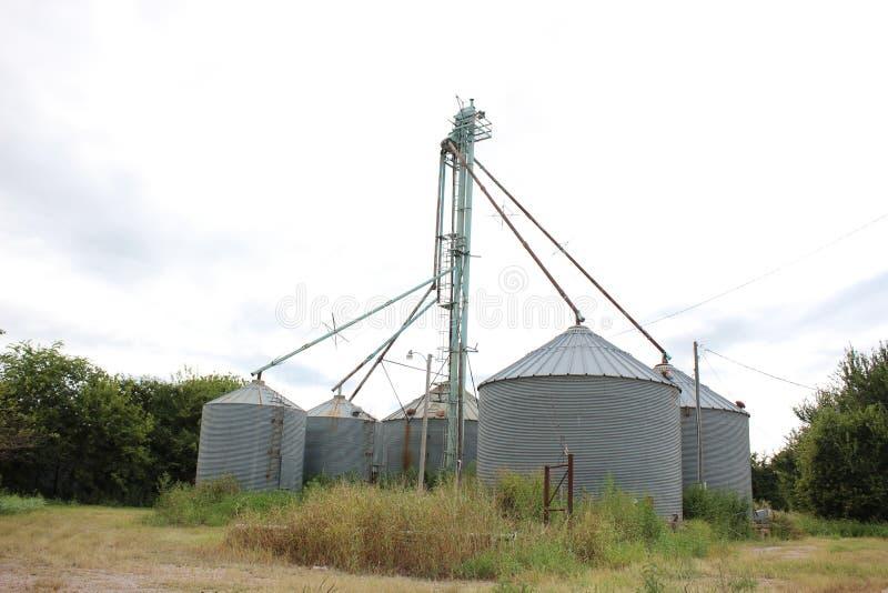 Покинутое зернохранилище стоковое изображение rf