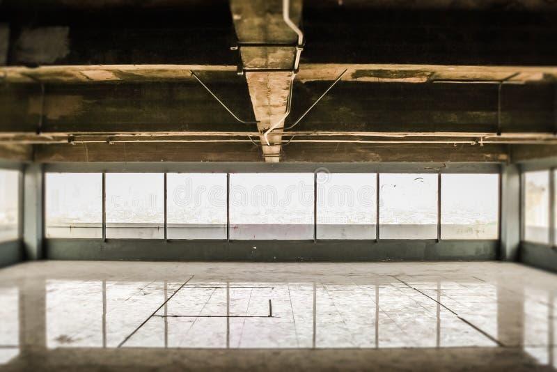 Покинутое селитебное здание стоковая фотография rf