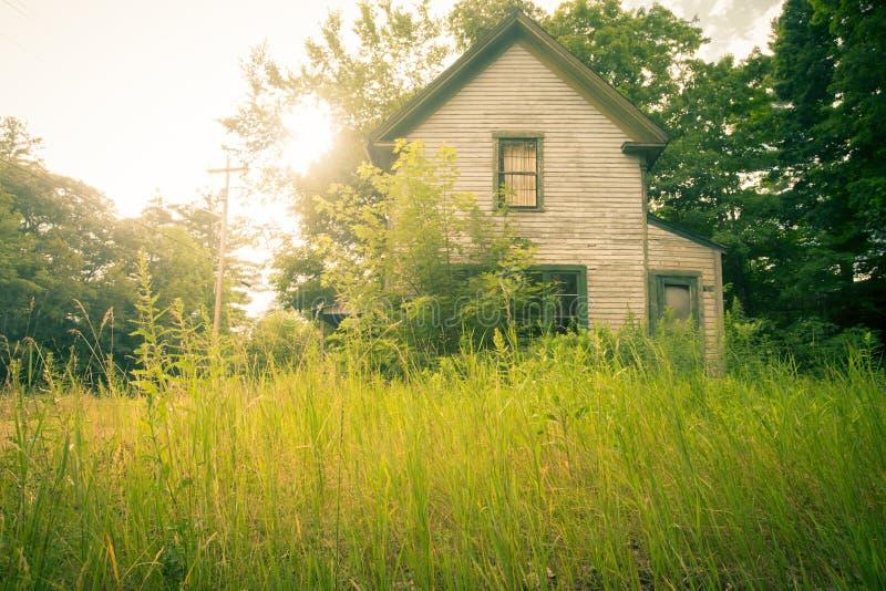 покинуто домой стоковая фотография rf
