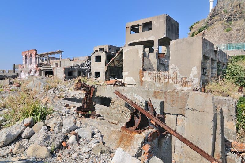 Покинутые здания на Gunkajima в Японии стоковая фотография rf