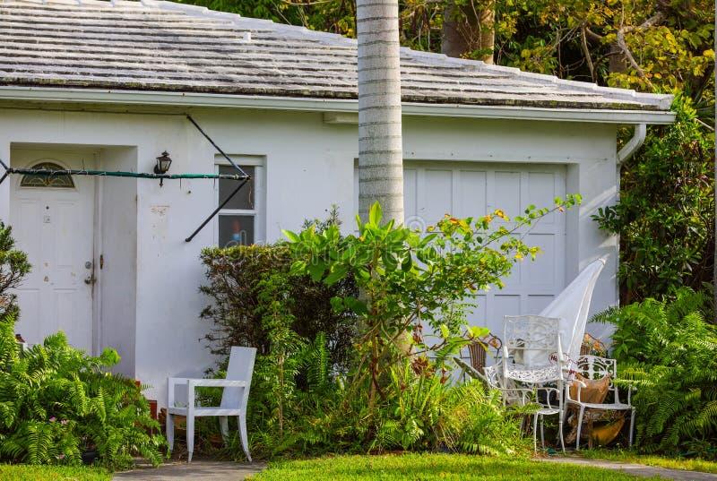 Покинутый дом Флориды в лишении права выкупа стоковая фотография rf