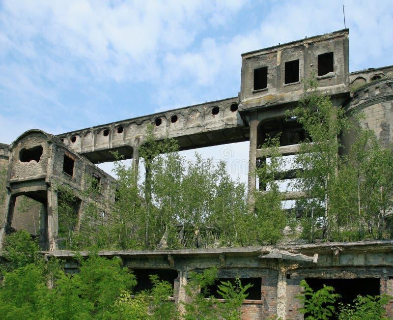 покинутый завод стоковые фотографии rf