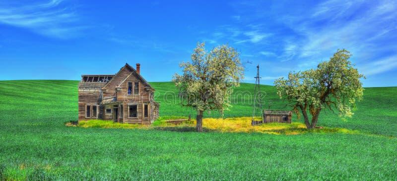 Покинутый домой в равнинах стоковая фотография rf