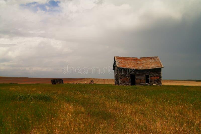 покинутый сельский дом стоковые фото