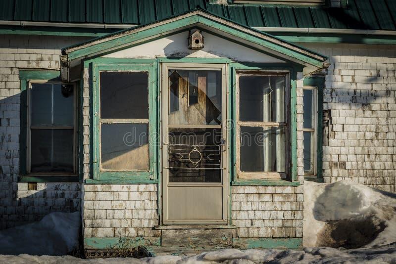 Покинутый старый дом стоковое фото rf
