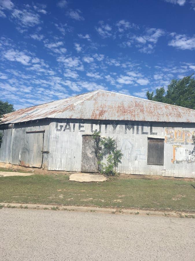 Покинутый строб к мельнице Shawnee стоковое фото