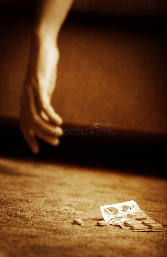 покончить жизнь самоубийством стоковое изображение rf