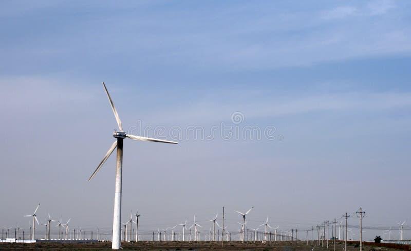 Поколение энергии ветра на западе  Китая стоковые фото