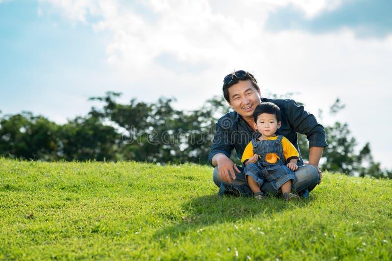 Download Поколение Men�s стоковое фото. изображение насчитывающей ребенок - 33739406
