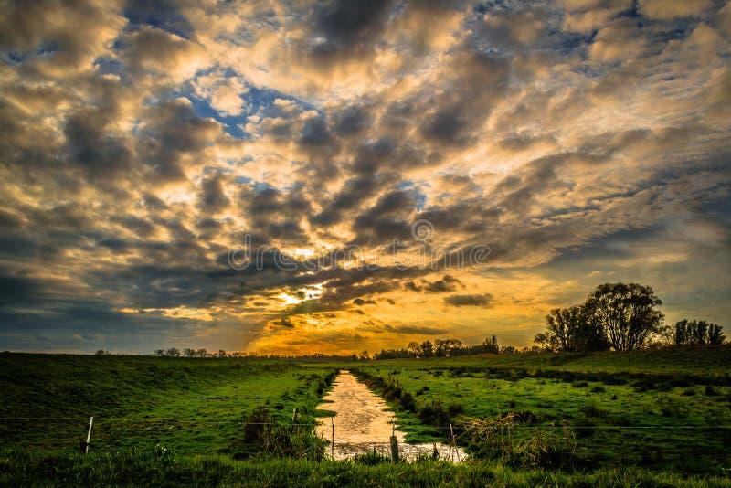 покрашенное небо стоковые изображения rf