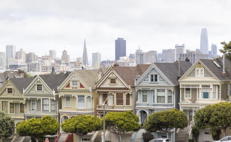 Покрашенные дамы в Сан-Франциско, США стоковые изображения rf