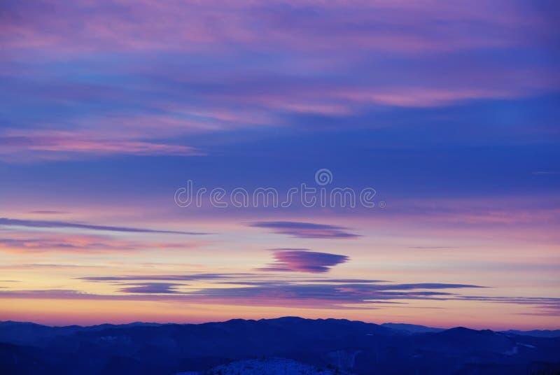 покрашенные облака стоковые изображения rf