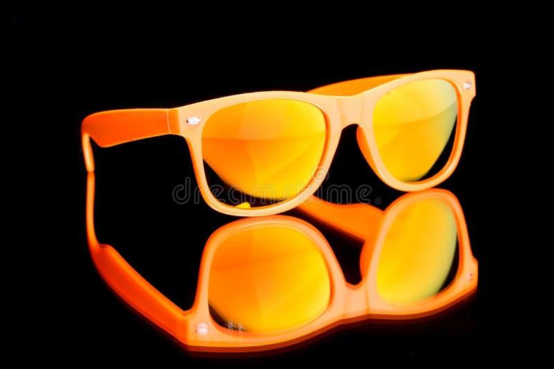 Покрашенные солнечные очки стоковые фото