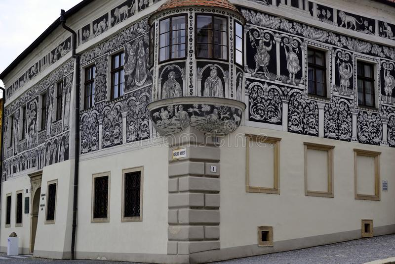 Покрашенный дом на квадрате Чарльза, Trebic, чехии стоковые изображения rf