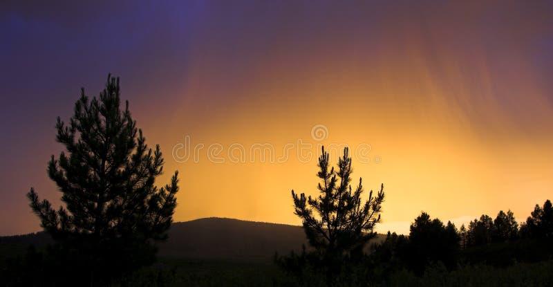 покрашенный заход солнца стоковые фотографии rf