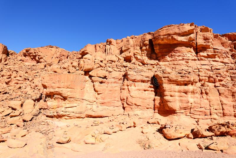 Покрашенный каньон в пустыне Синая, Египет стоковые изображения rf