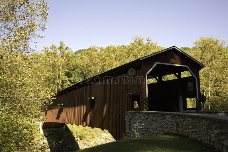 покрытое colemanville моста стоковые фотографии rf