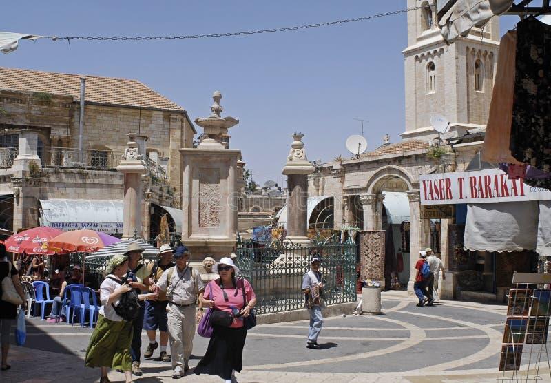 покупатели Иерусалима muristan стоковые изображения rf