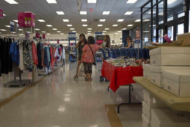 Покупатели женщин стоковое фото rf
