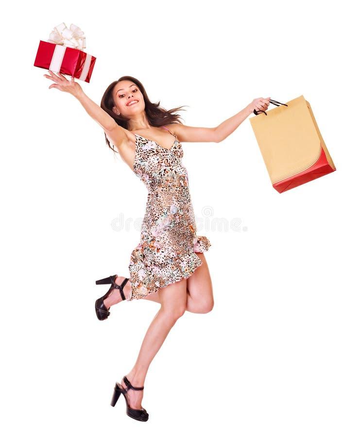 покупка удерживания девушки мешка стоковые фото