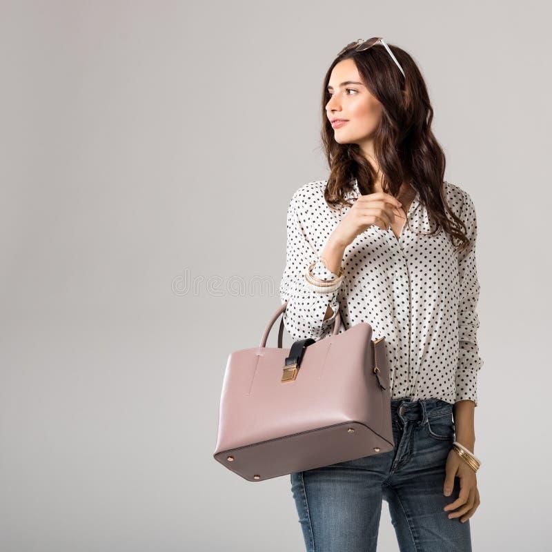 Покупки женщины моды стоковые фотографии rf
