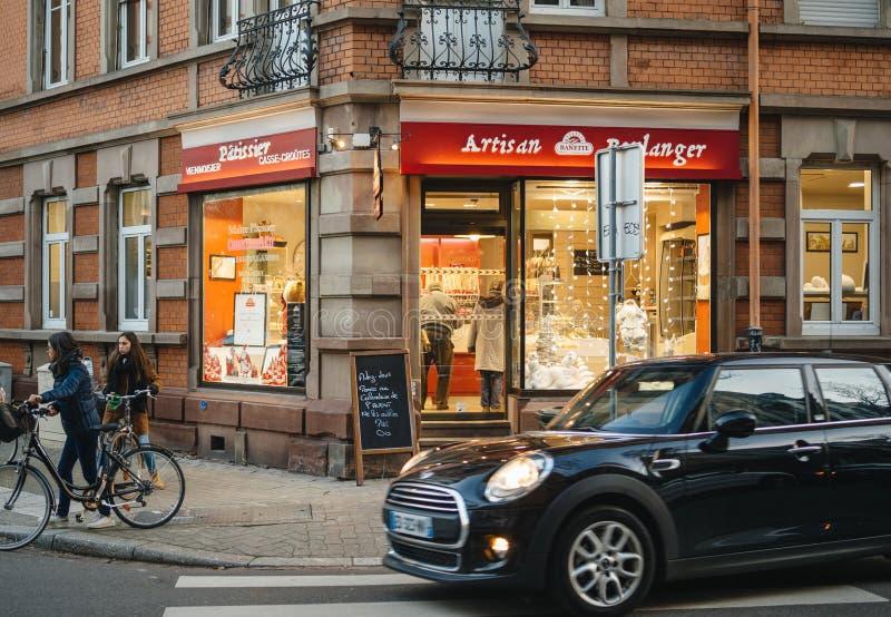 Покупки кухни Франции хлебопекарни boulanger ремесленника Banette стоковое фото rf
