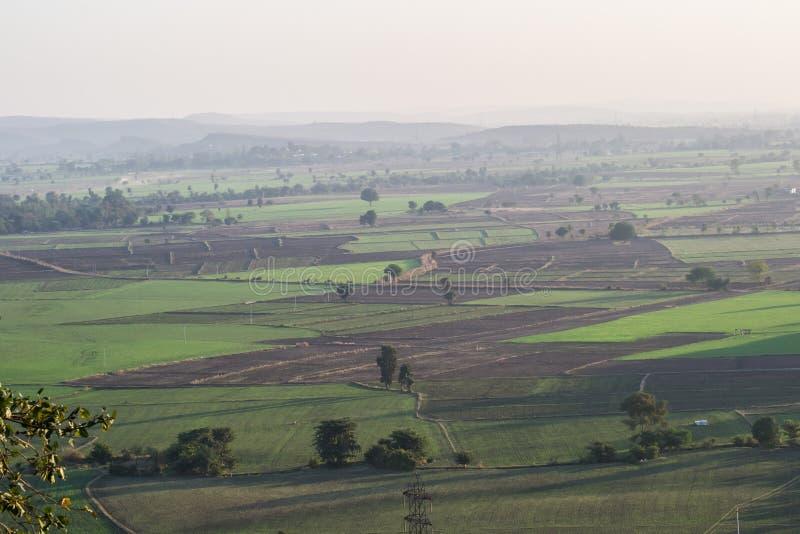 Поле земледелия и ландшафт Индия холма стоковое фото