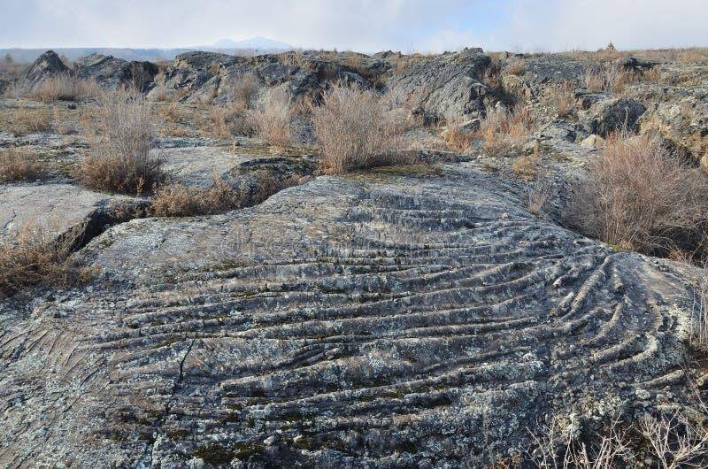 Поле лавы в geopark Wudalianchi глобальном в северном Китае в пасмурной погоде стоковое изображение