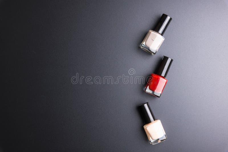 Полировщик ногтя изолированный на черной предпосылке, косметиках концепции, m стоковая фотография