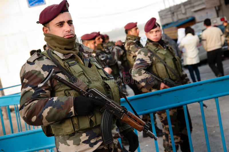 полиции палестинца авторитета стоковые изображения rf
