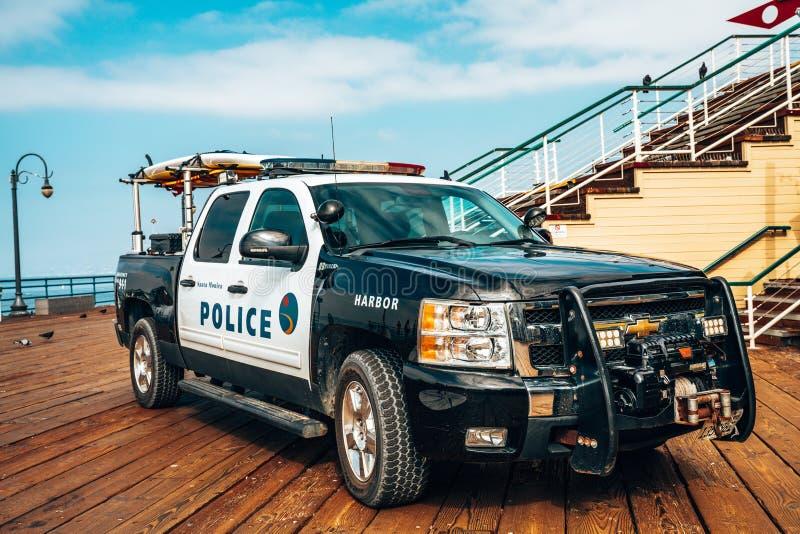 Полиция SUV припарковала на пристани Санта-Моника стоковая фотография rf