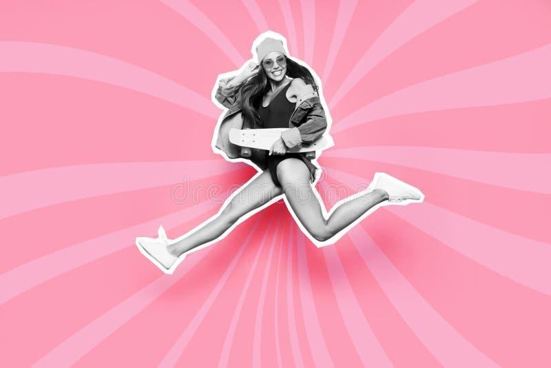 Полнометражный профиль стороны размера тела она ее воздуха мухы скейтборда дамы жизнь спорта иллюстрации краски в стиле фанк смеш стоковое фото