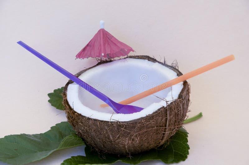 Половинный кокос с водой стоковая фотография rf