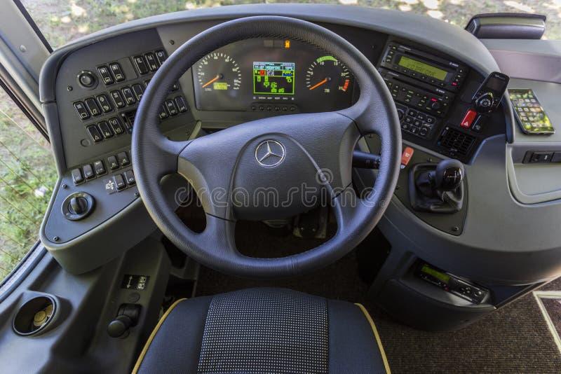 Автобус мерседес руль фото