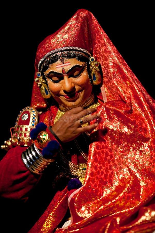 положение Кералы kathakali Индии актера стоковые фотографии rf