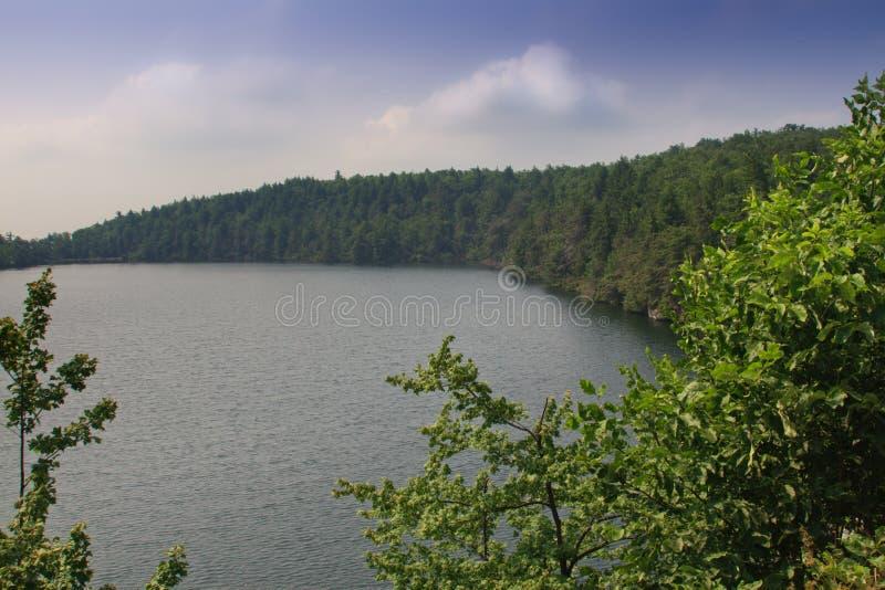 положение парка minnewaska озера стоковые изображения rf