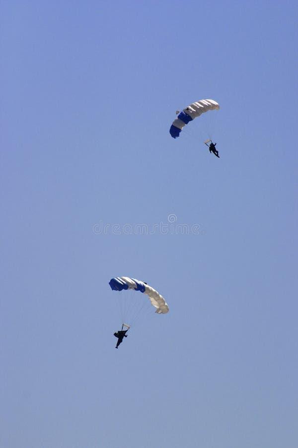положения парашютистов Военно-воздушных сил соединили стоковые изображения rf