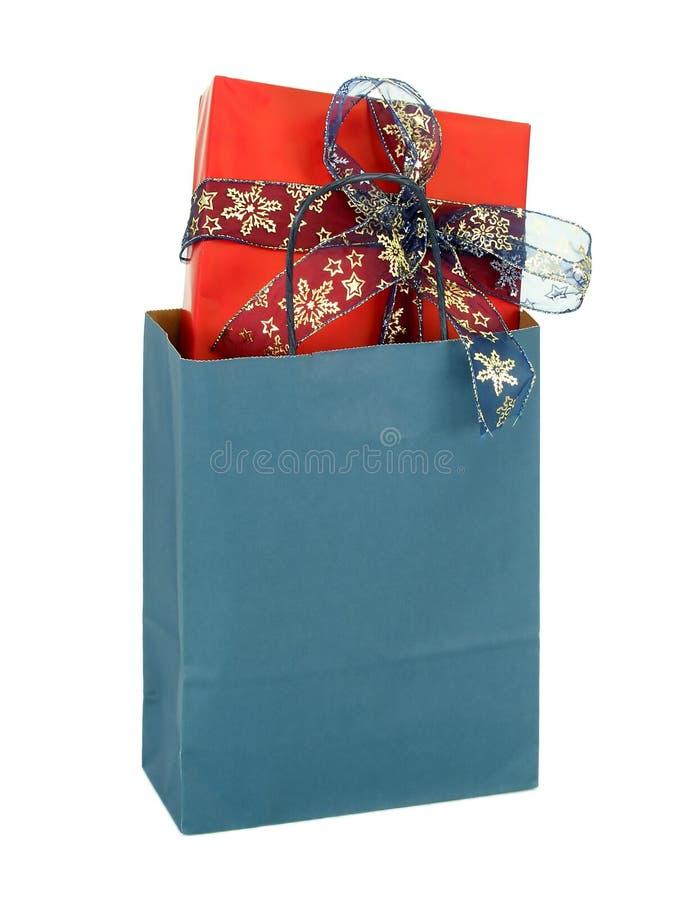 положите подарок в мешки стоковые фотографии rf