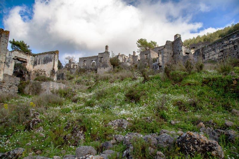 Получившаяся отказ греческая деревня Kayakoy, Fethiye, Турция стоковые изображения