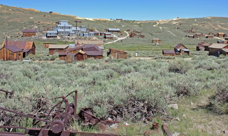 Получившийся отказ городок добычи золота Bodie, Калифорния стоковое изображение
