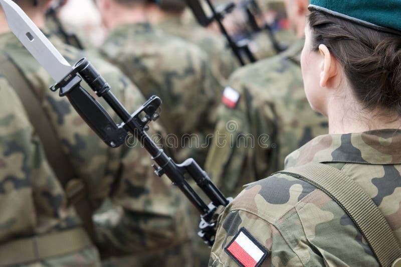 Польская армейская часть с женщинами стоковая фотография rf
