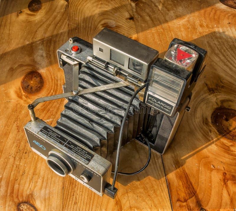 Поляроидная камера земли стоковые изображения rf