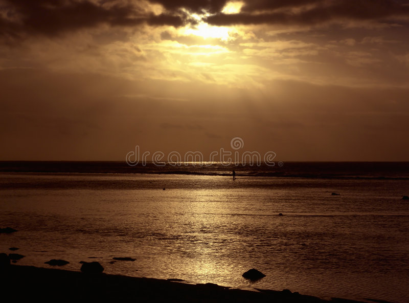 Download померанцовый заход солнца стоковое изображение. изображение насчитывающей ландшафты - 80225