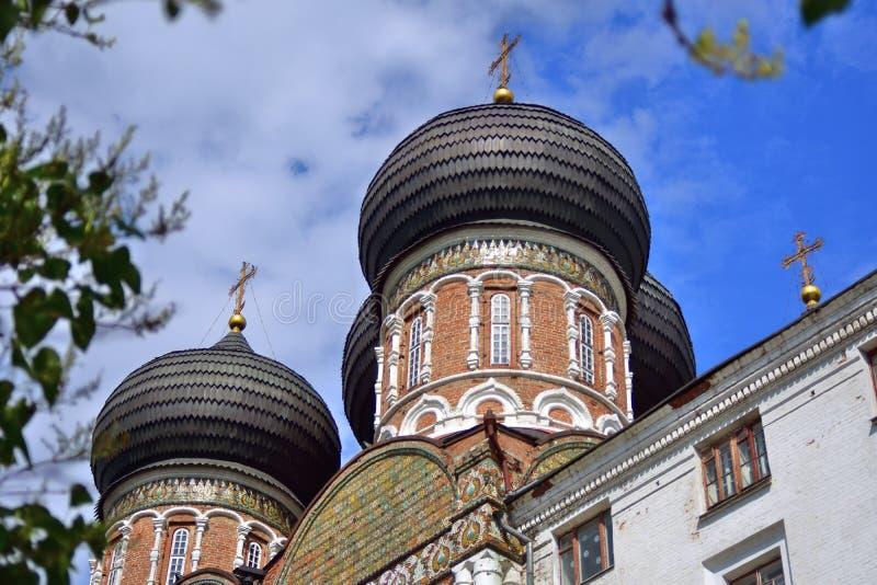Поместье Izmailovo в Москве квадрат moscow красный России intercession собора стоковое изображение