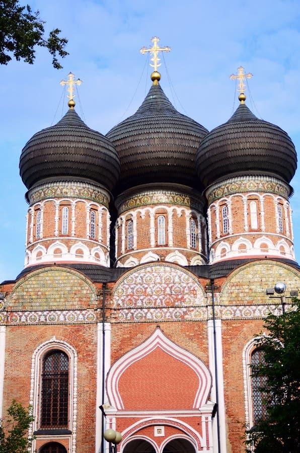 Поместье Izmailovo в Москве квадрат moscow красный России intercession собора стоковое фото