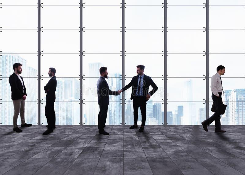 помогать руки Концепция сыгранности и партнерства стоковые изображения