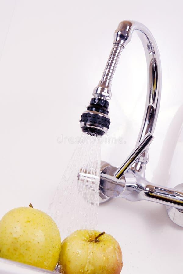 помытая кухня яблок вкусная вниз стоковое изображение rf