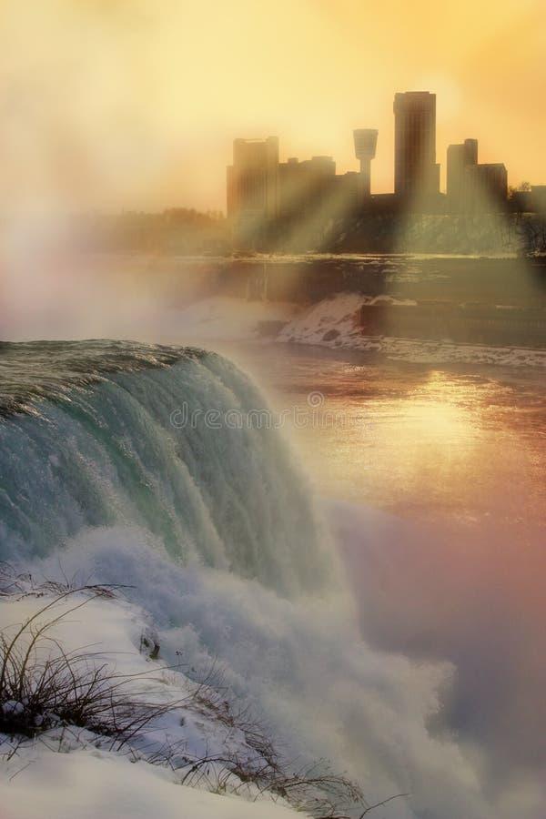 понижается зима захода солнца niagara стоковое фото rf