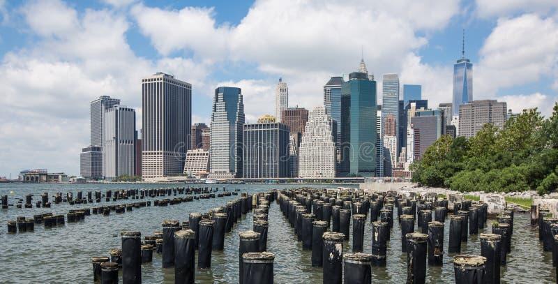 Понизьте горизонт Манхаттана, Нью-Йорк, США стоковая фотография